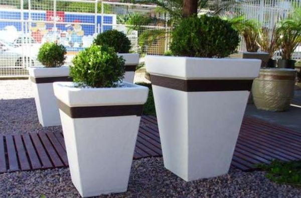 vaso de cimento branco