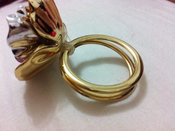 porta-guardanapo-argolas-e-flor-casamento
