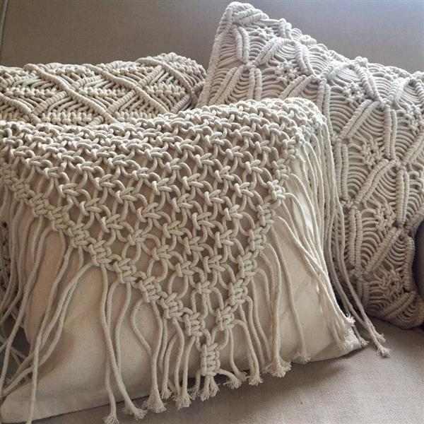 decoração de almofada de macrame