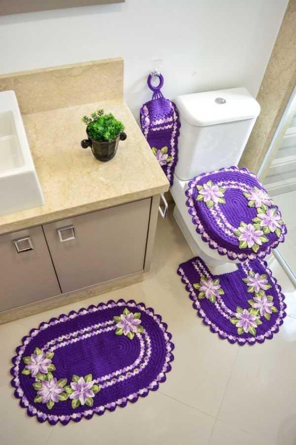 jogo de banheiro com flor de croche