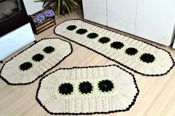 tapetes de croche com flores para cozinha
