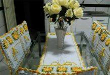 Capa de cadeira de crochê para jogo de cozinha amarelo