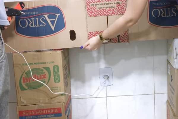 Quinto passo lareira de papelão