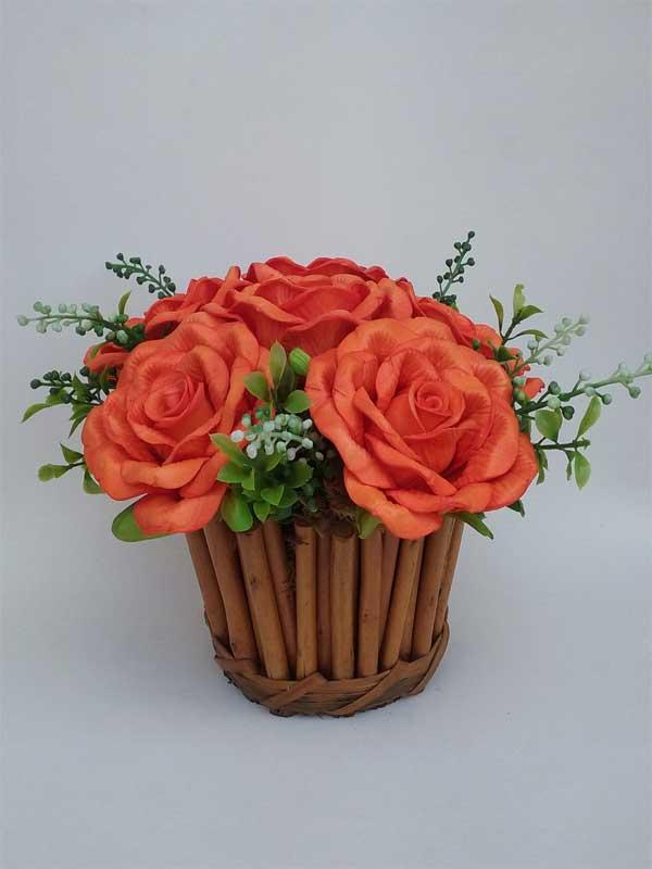 Centro mesa casamento flores laranjas