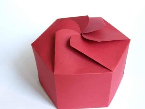 caixa catavento hexagonal