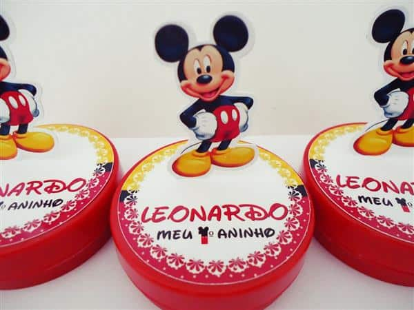 latinha mickey decorada