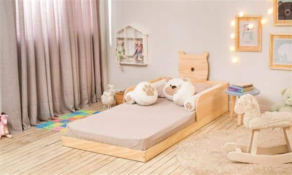 cama montessoriana para crianças