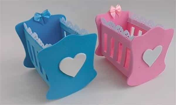 berço de eva rosa e azul com coração