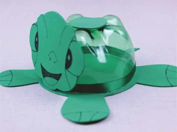 tartaruga de garrafa pet
