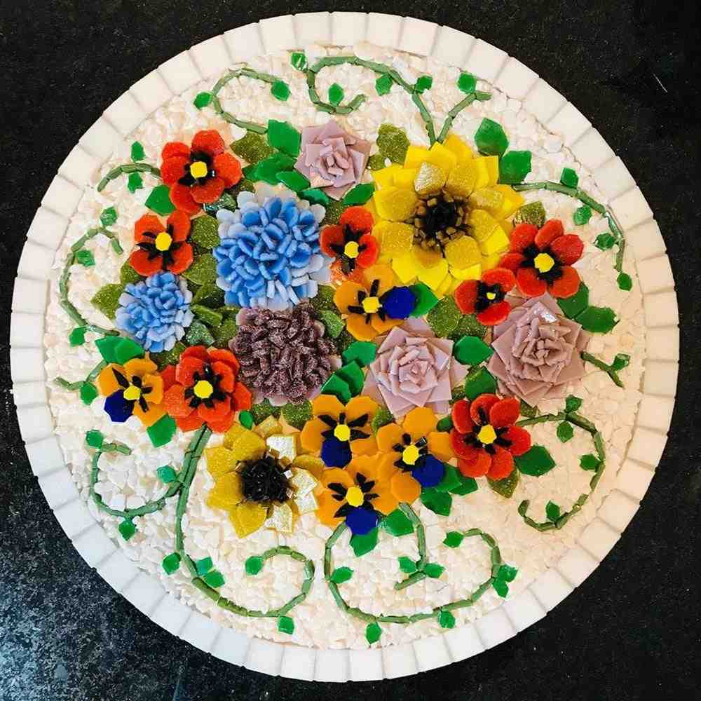 flores feitas de pastilhas