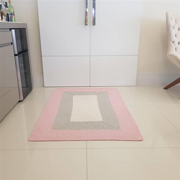 Tapete de croche retangular cinza e rosa bebê