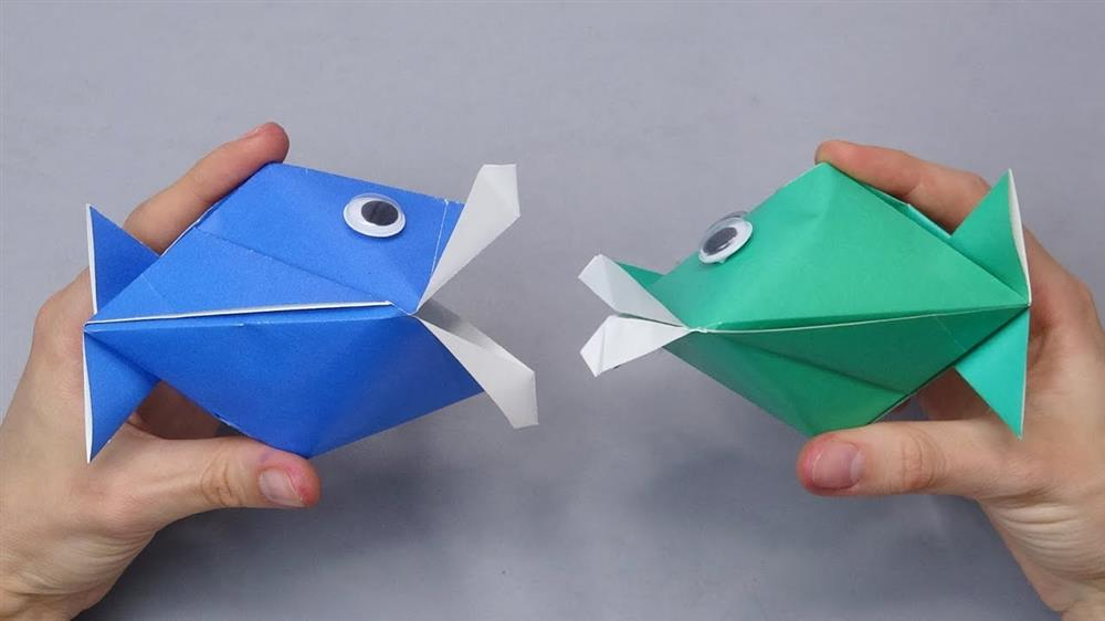 dobradura de peixe que abre a boca