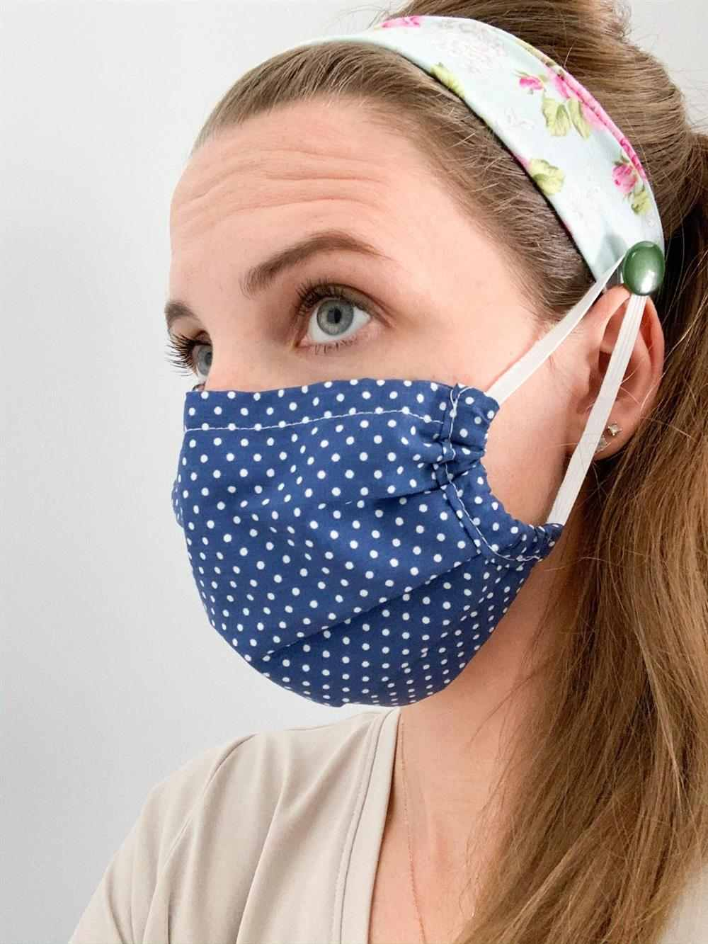 tiara com mascara de tecido
