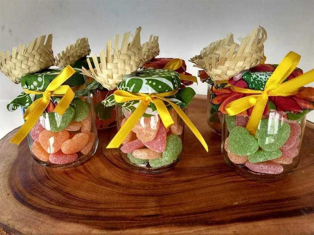 potinhos de doces decorados