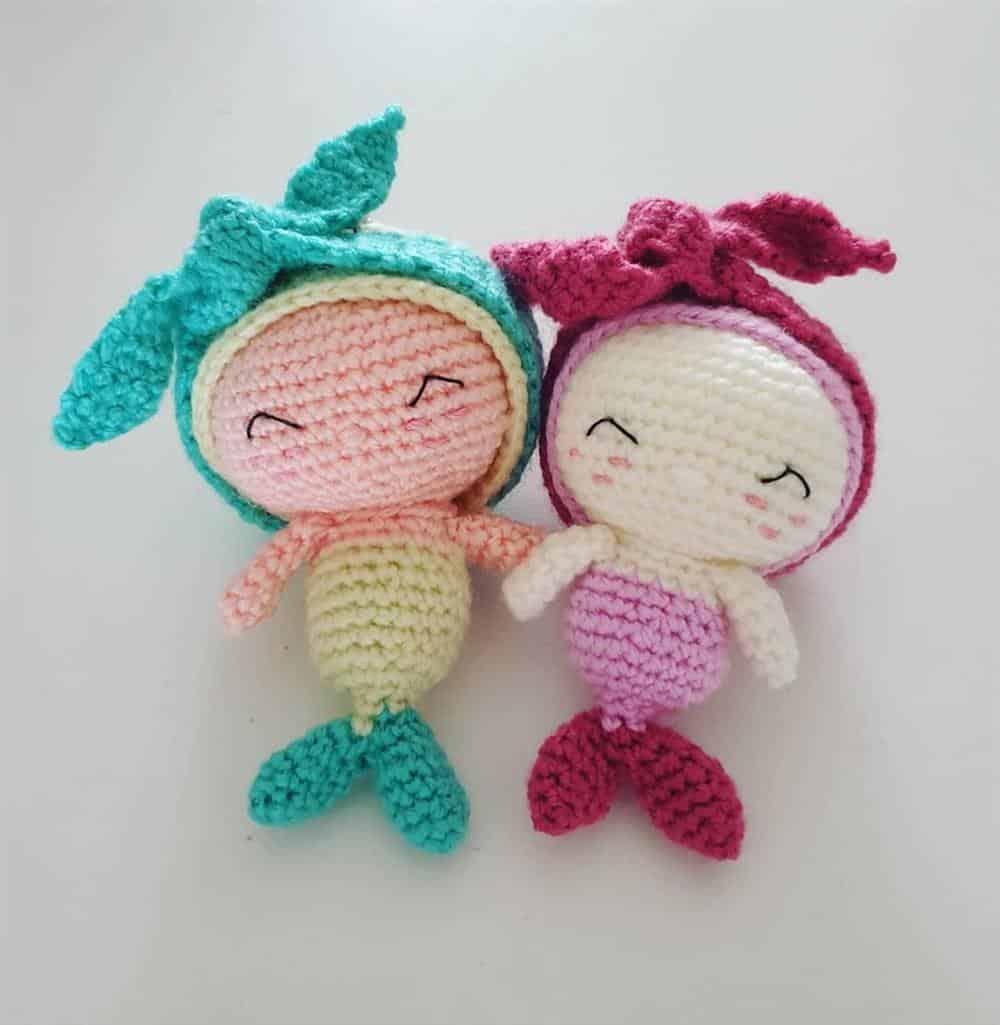mini boneca sereia colorida