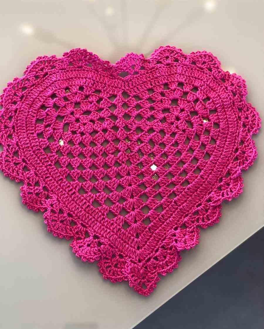 coração rosa de croche