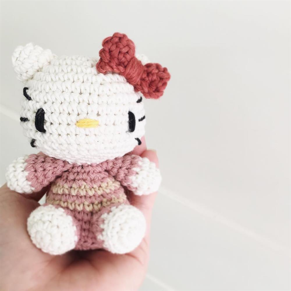 chaveiro hello kitty de croche