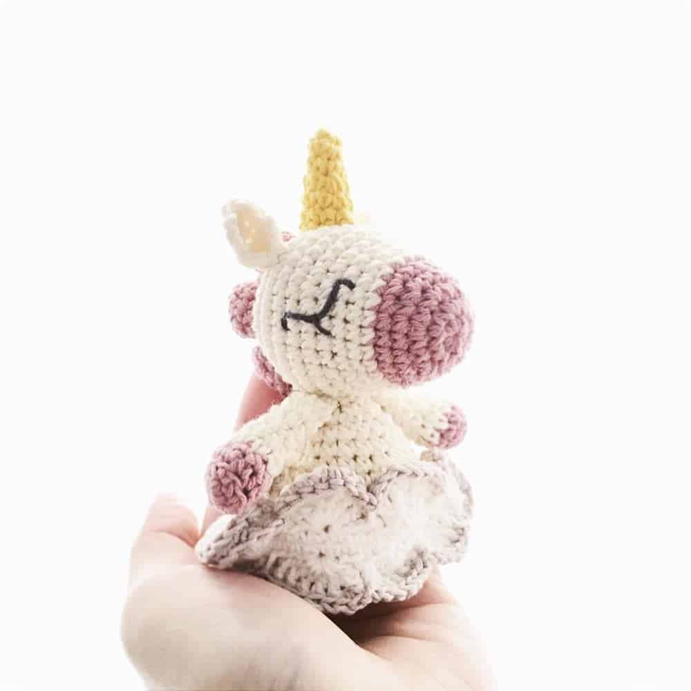 chaveiro unicornio em croche