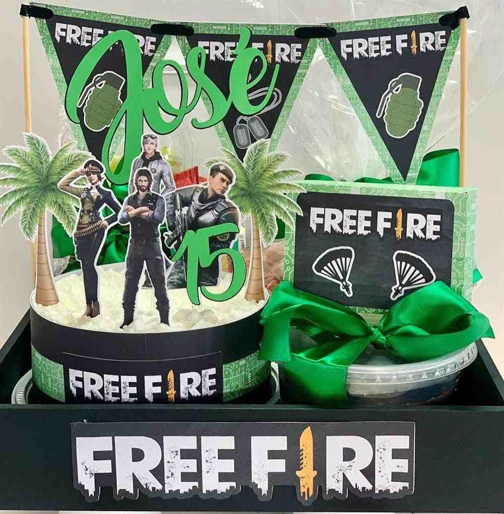 tema free fire com topper