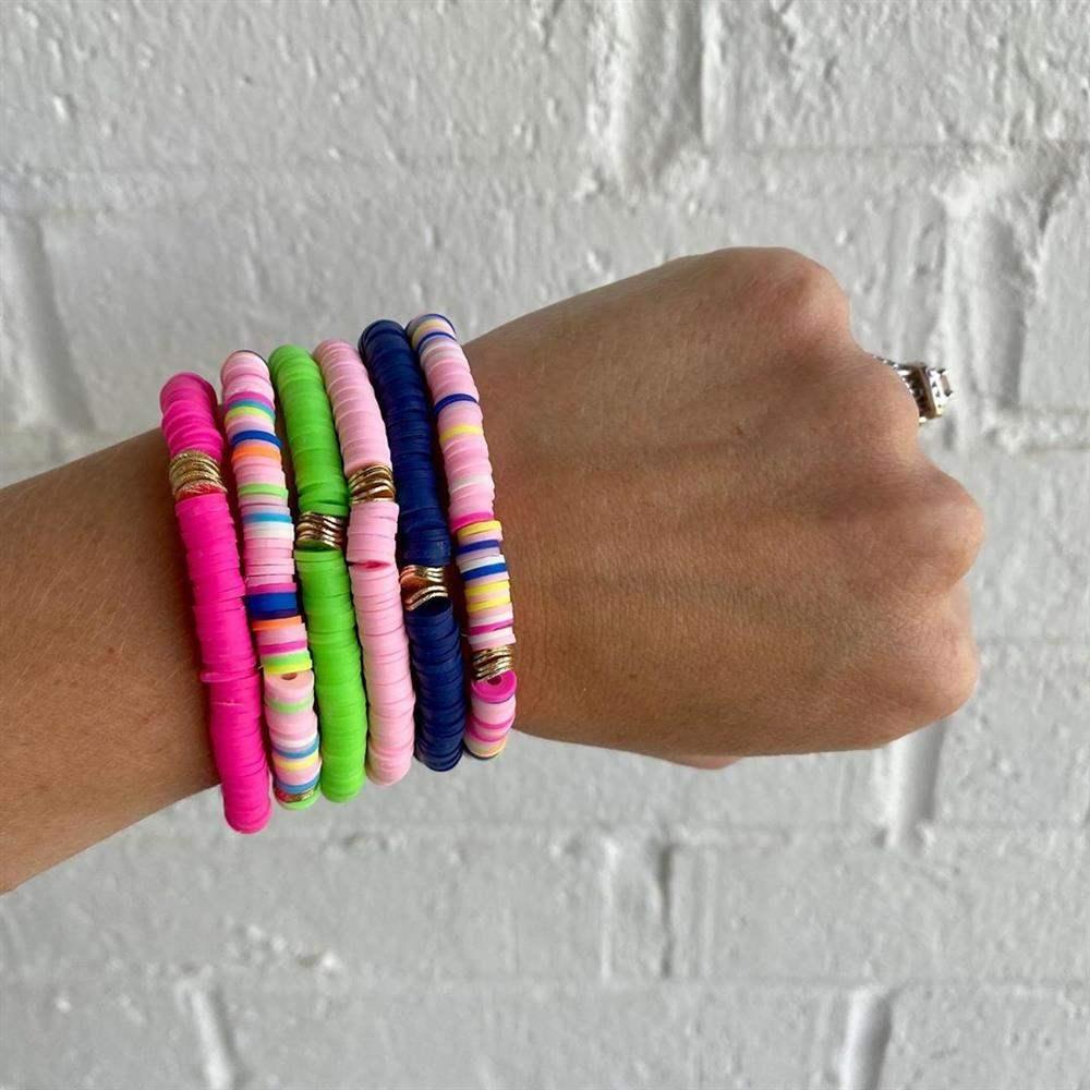 conjunto de pulseiras de elastico