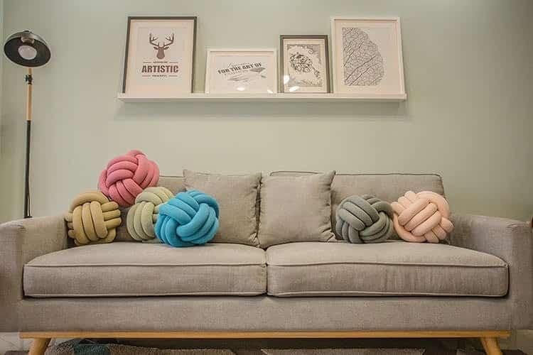 decoração da sala com almofadas