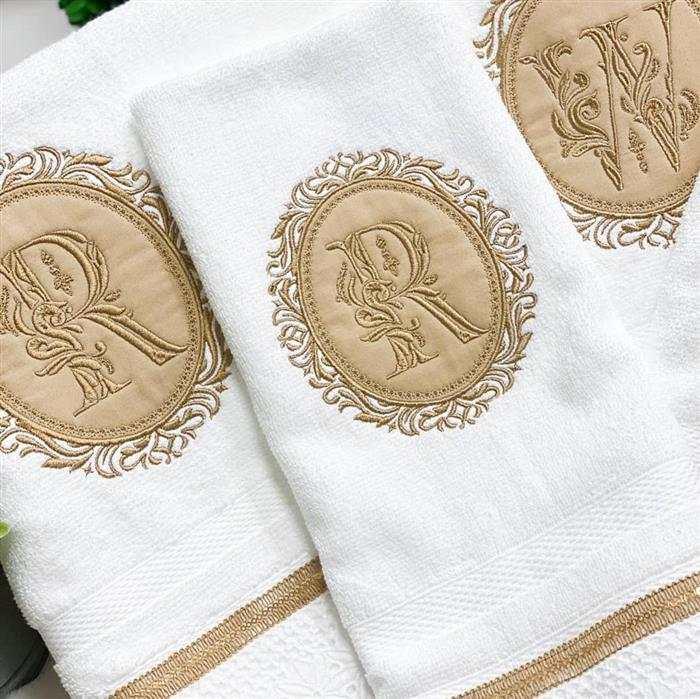 toalhas bordadas com nome para casamento