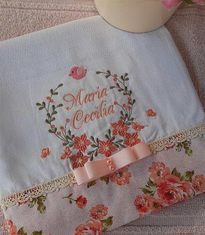 toalhas bordadas fitas