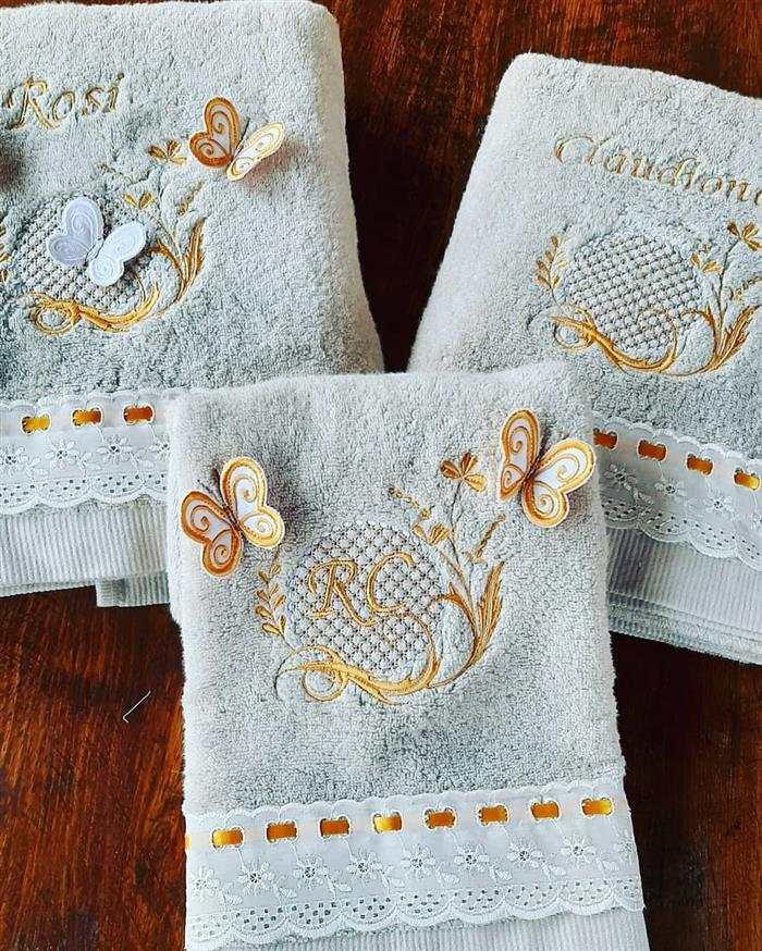 toalhas bordadas iniciais