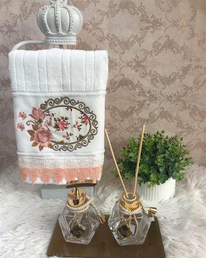toalhas bordadas lavabo