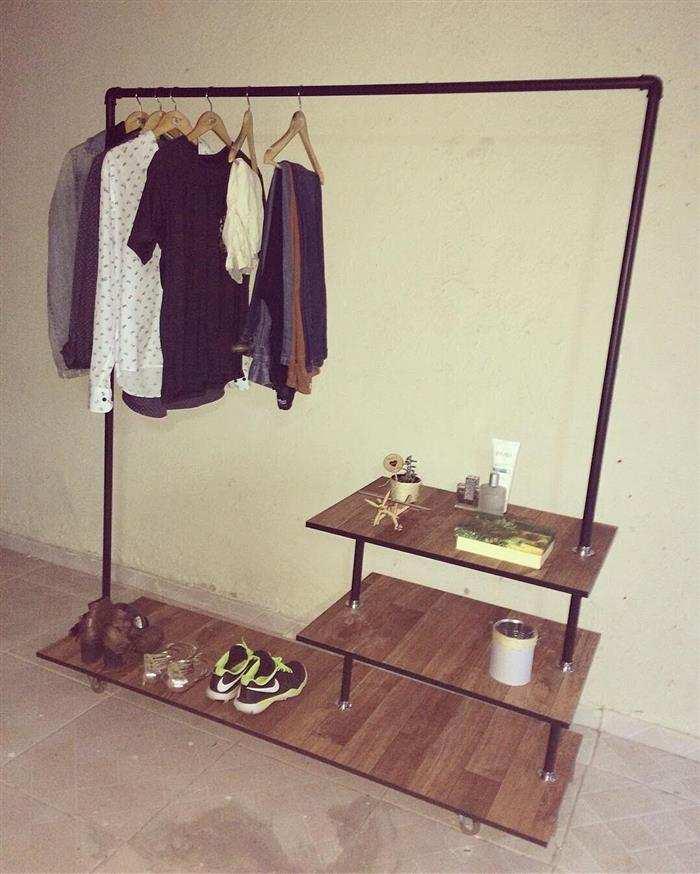 arara de roupas de cano