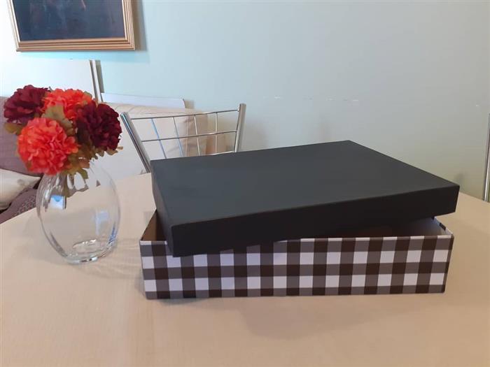 caixa de presente com tampa