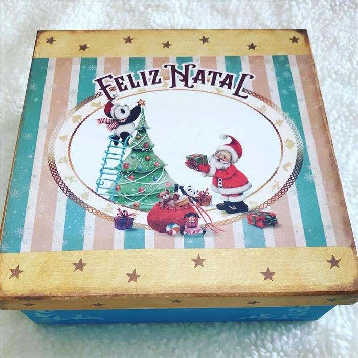 caixa de presente iluminada natal