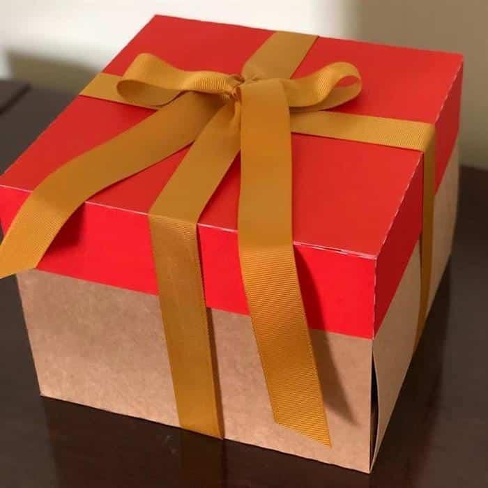 caixa de presentes grande
