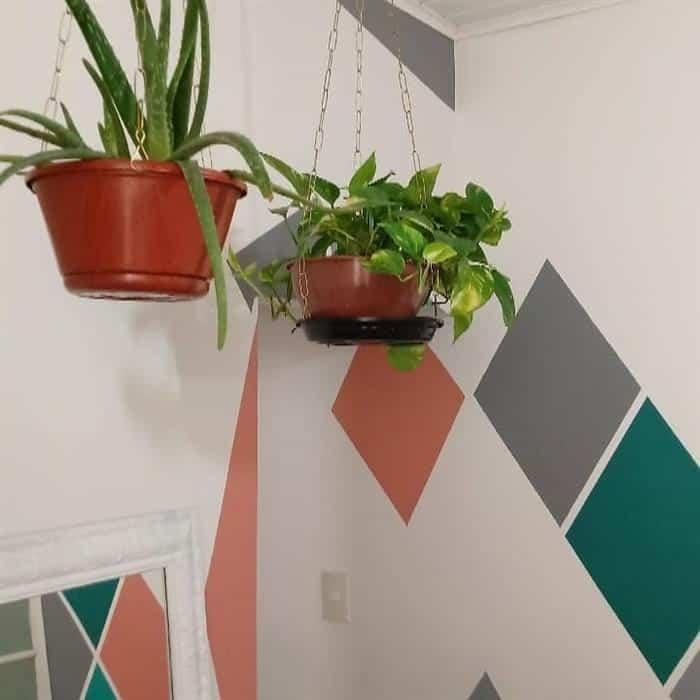 parede pintada com fita adesiva