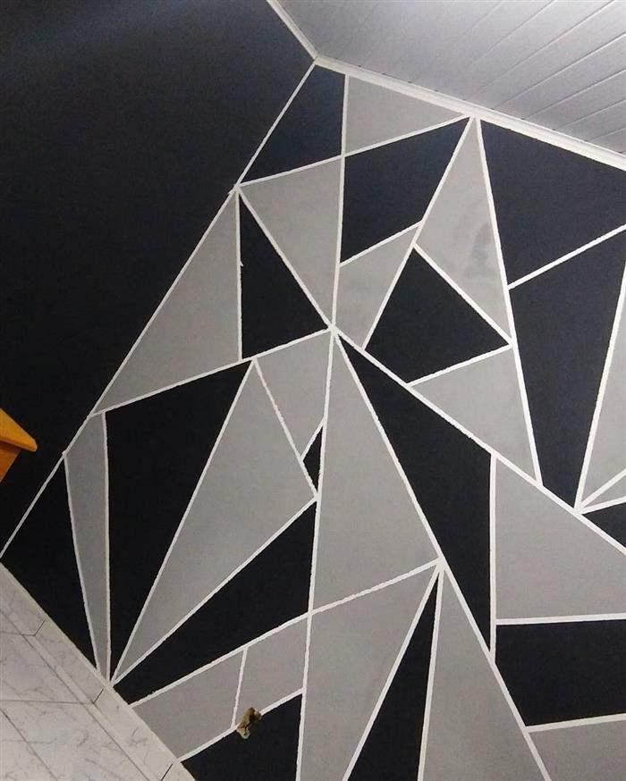 parede pintada com preto e cinza