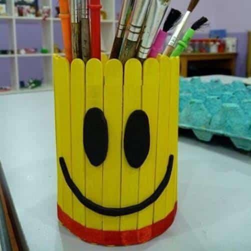 artesanato com palito de picole porta caneta