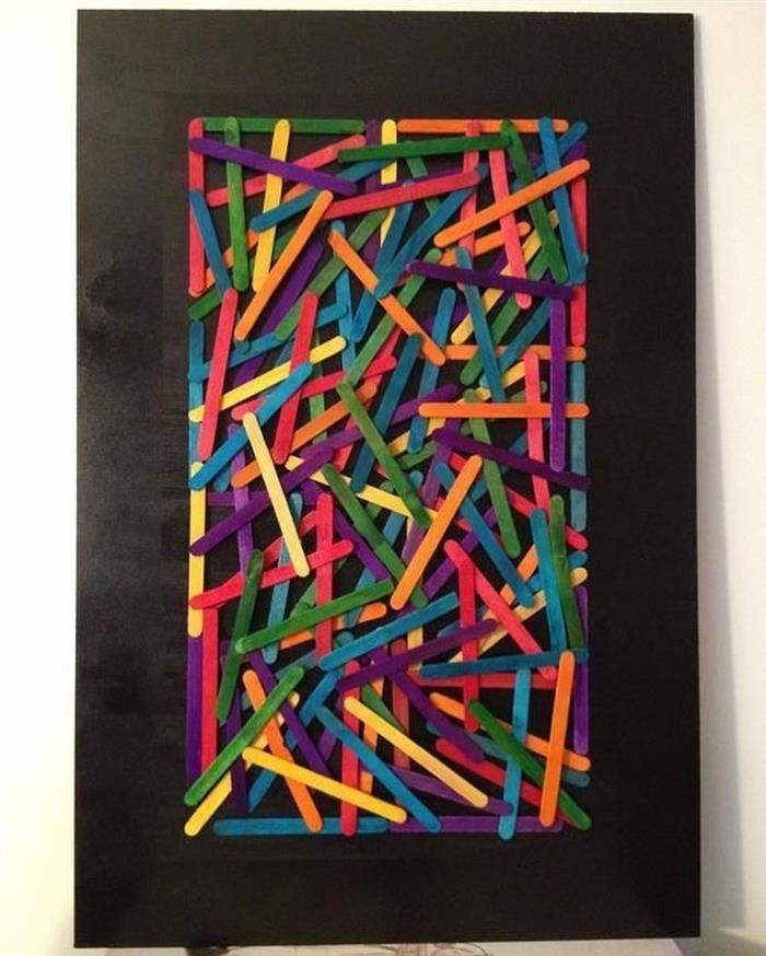 quadro de palitos coloridos