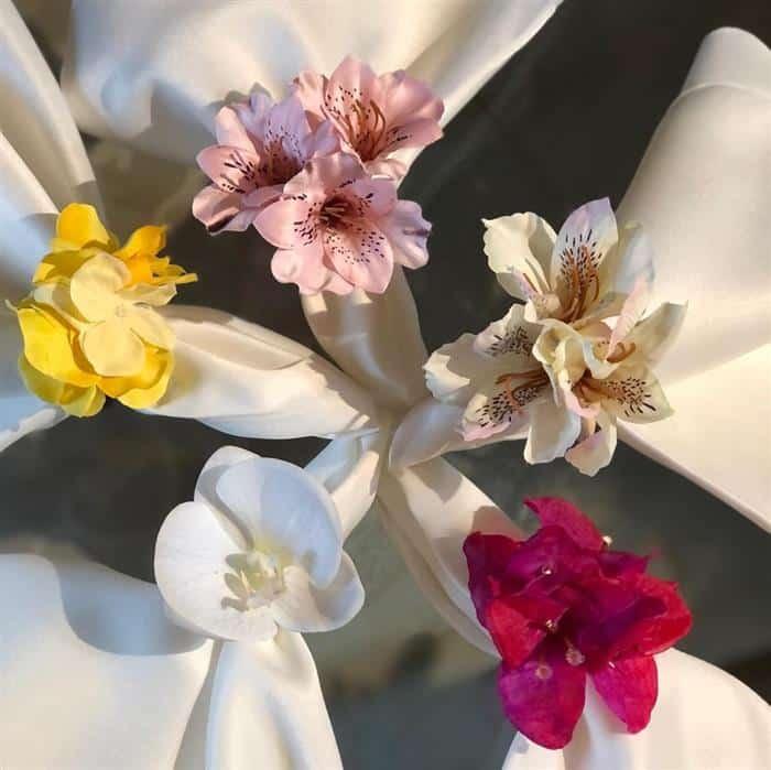 pg com flores coloridas