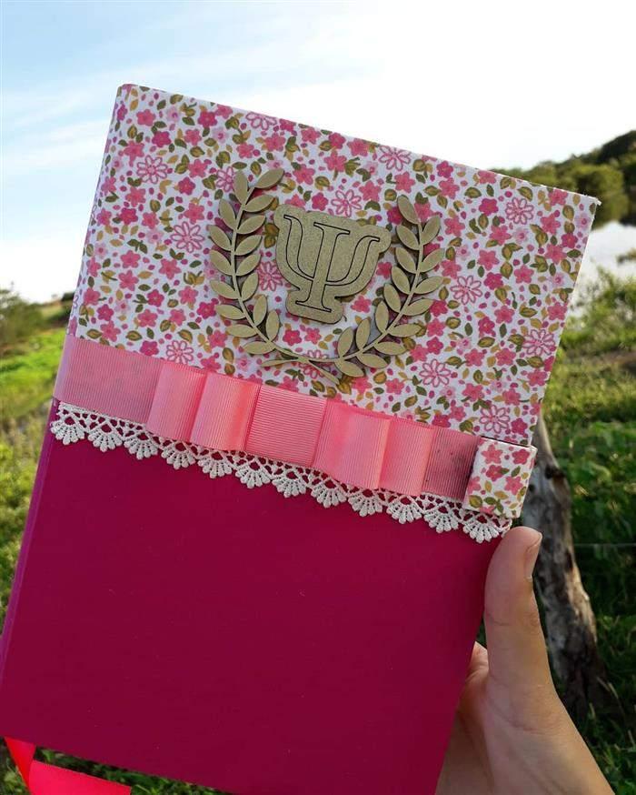 capa de caderno com tecido
