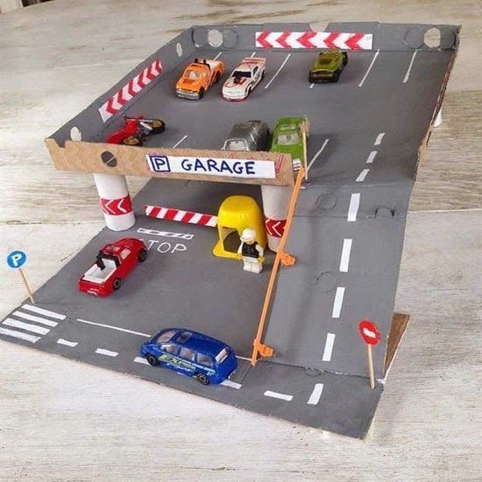 pista para carrinhos com garagem