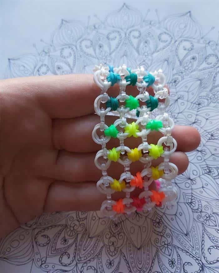 bracelete de liguinhas