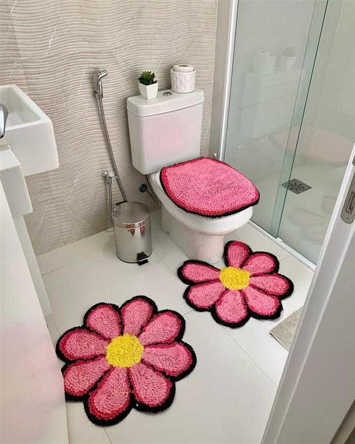 tapete de frufru para banheiro