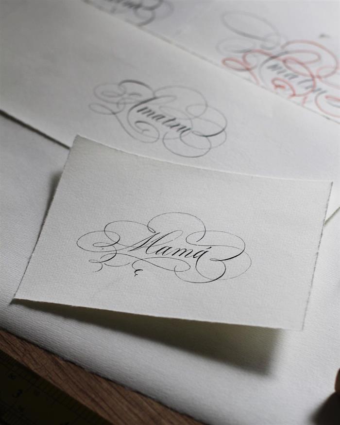 caligrafia artistica para convites de casamento